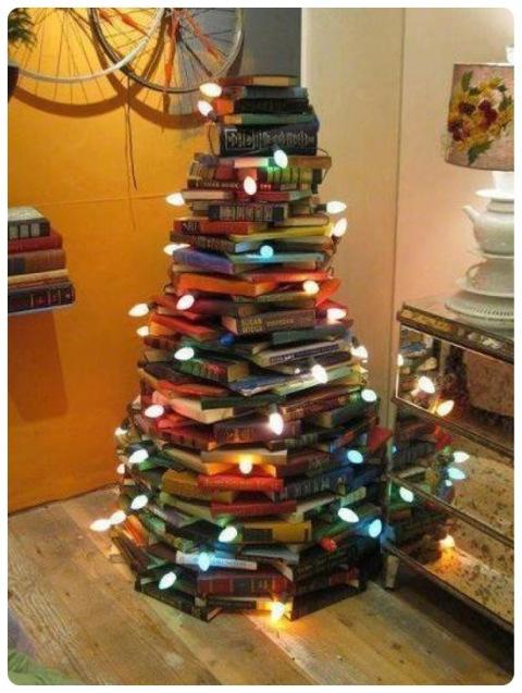 Bücher weihnachtsbaum
