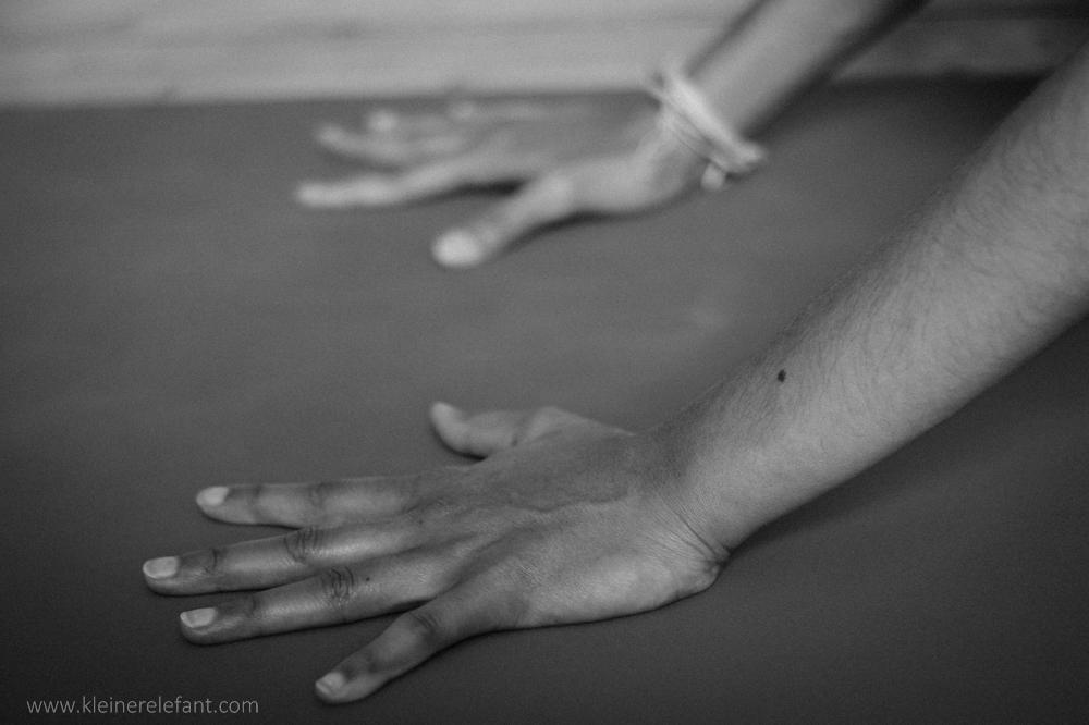 Tipps gegen Handgelenkschmerzen beim Yoga