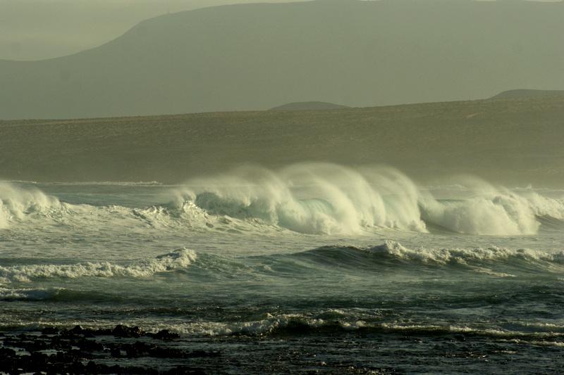 Manchmal können die Wellen aber auch riesig werden wie bei diesem Sturm im Januar 2014.