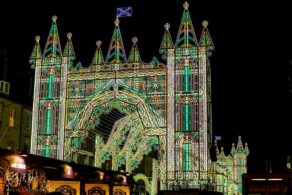Edinburgh zur Weihnachtszeit: Street of Light