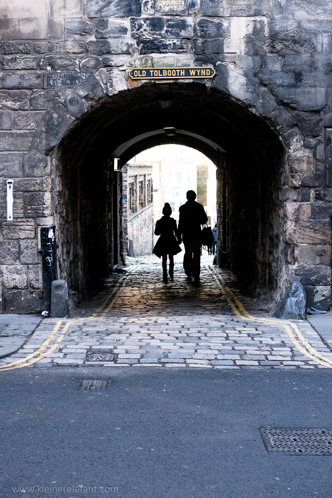 Two people in a Close in Edinburgh