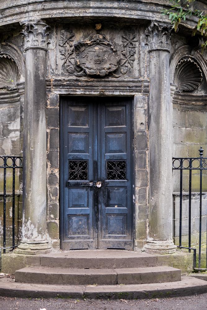 Sir John MacKenzies Grave Edinburgh