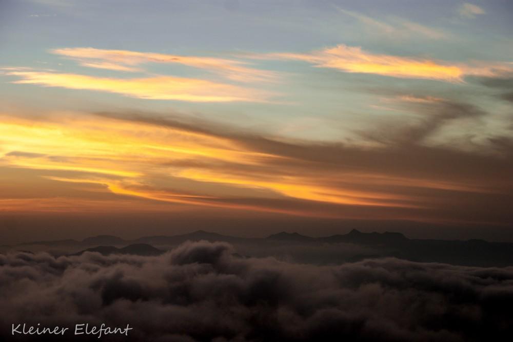 Sonnenaufgang auf dem Adam's Peak