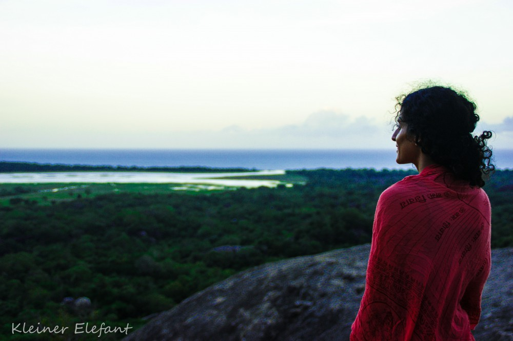 Aussicht vom Felsentempel Kudumbigala