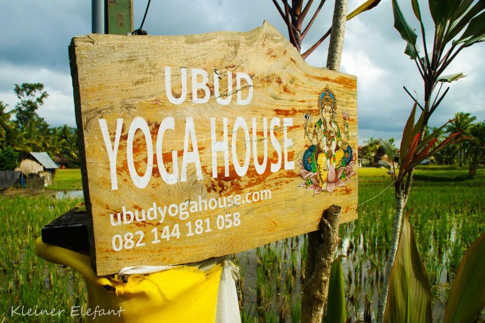 Ubud Yoga House Schild