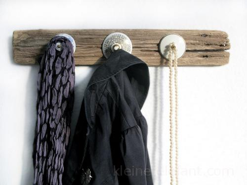 Upcycling Kleiderhaken aus Treibholz.