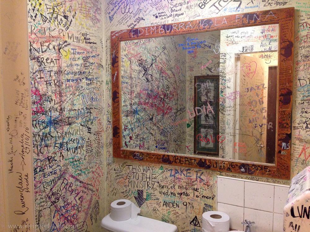 Die Toilette im Elephant House
